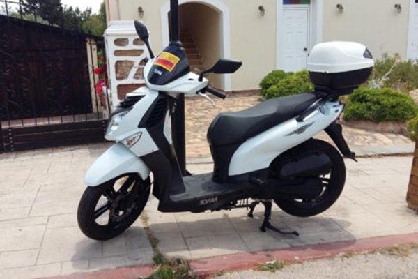 chios-rent-moto-Sym HD 200cc